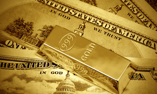 Слиток и доллары
