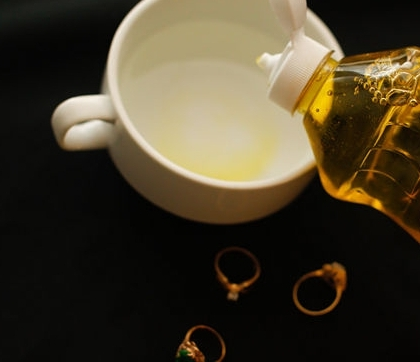 Моющее средство и золото