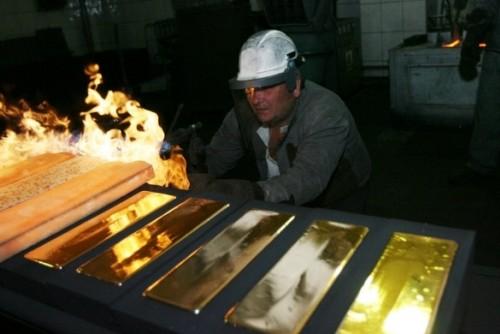 Процесс плавки золота