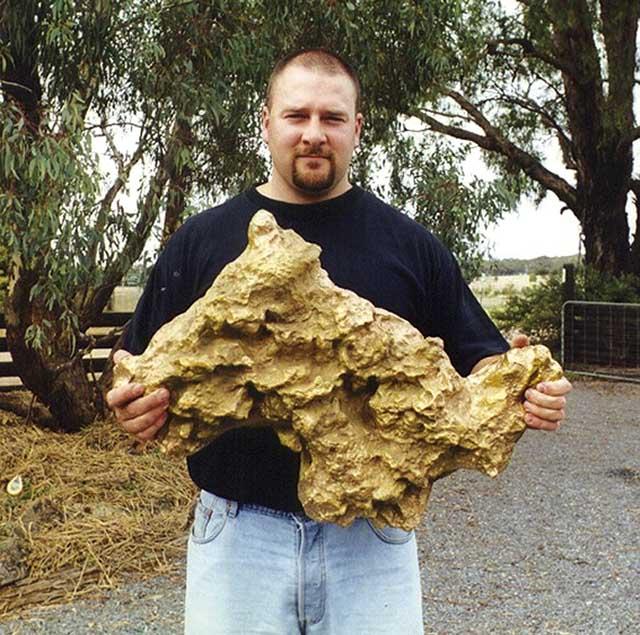 Самый крупный самородок Австралии