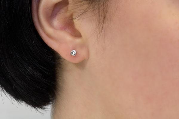 Проколотое ухо
