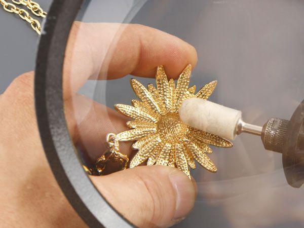 Полировка золотого изделия
