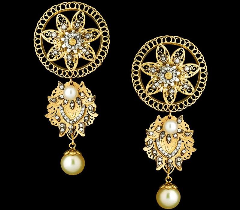 Золотые сережки в виде цветков