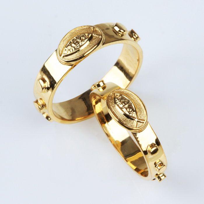 кольцо с камнем фото золото цена