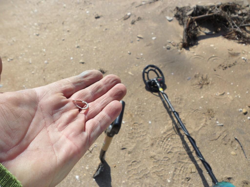 Нахождение золота на пляже