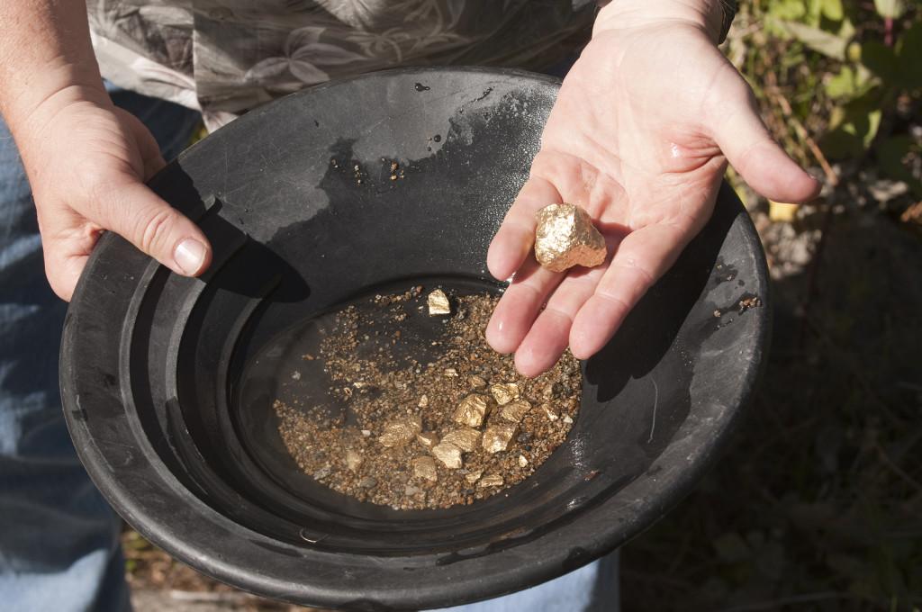 Изображение - Добыча золота в россии gde-dobyvajut-zoloto-v-rossii-1024x680